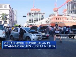 Ribuan Mobil Blokir Jalan di Myanmar Protes Kudeta Militer