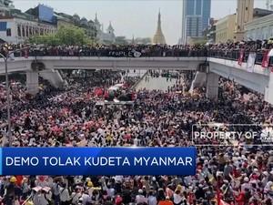 Ribuan Pendemo Tolak Kudeta Myanmar