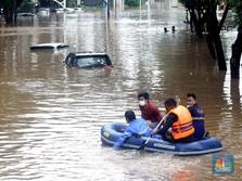 1 Tewas, Banjir Jakarta Mulai Makan Korban