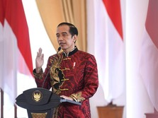Pakai Changsan Merah, Jokowi Hadiri Perayaan Imlek 2021