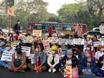Potret Myanmar Kini, Warga Pantang Mundur Demo Junta Militer