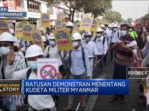 Ratusan Demonstran Menentang Kudeta Militer Myanmar