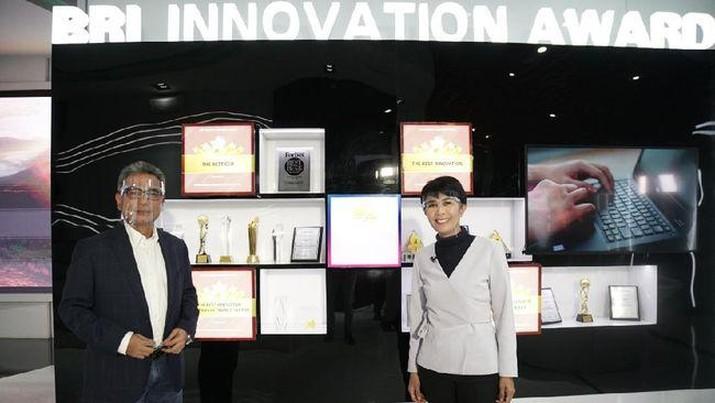 Direktur utama BRI Sunarso (kiri). (Foto: Bank BRI)