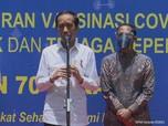 Bareng Anies & Nadiem, Jokowi Tinjau Vaksinasi Guru