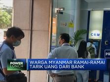 Warga Myanmar Ramai-ramai Tarik Uang dari Bank