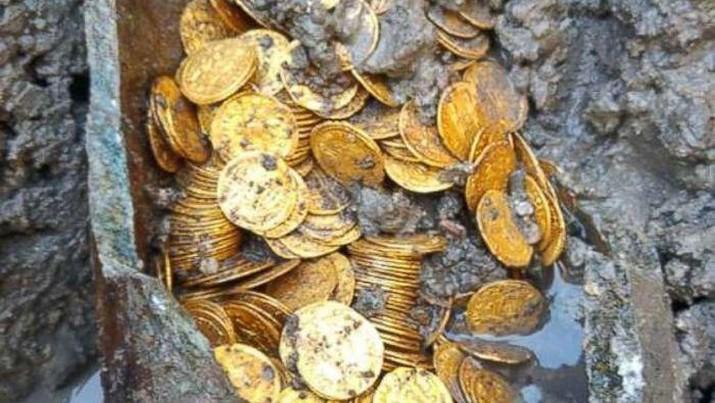 Koin emas peninggalan Romawi yang ditemukan di Italia. (Dok: Italian Ministry of Culture)