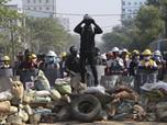 Memanas, Ribuan Warga Myanmar Demo dan Bentrok dengan Polisi