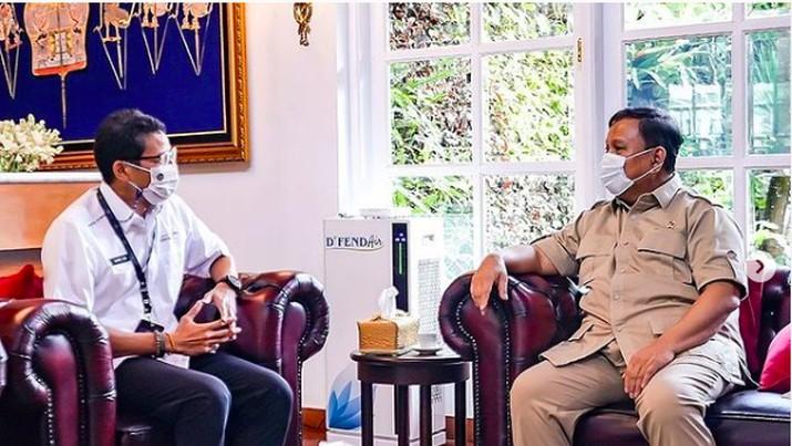 Perjumpaan Prabowo-Sandi di kantor Kementerian Pertahanan, Jakarta, Senin (8/3/2021).