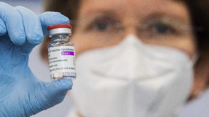 Vaksin AstraZeneca. (AP/Christophe Ena)