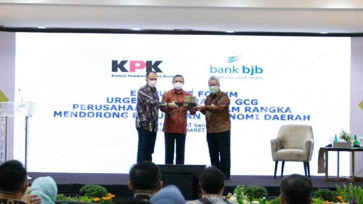 Ketua KPK Firli Bahuri Berikan Edukasi dan Sosialisasi Soal Pemberantasan Korupsi di Menara bank bjb. (Dok. bank bjb)