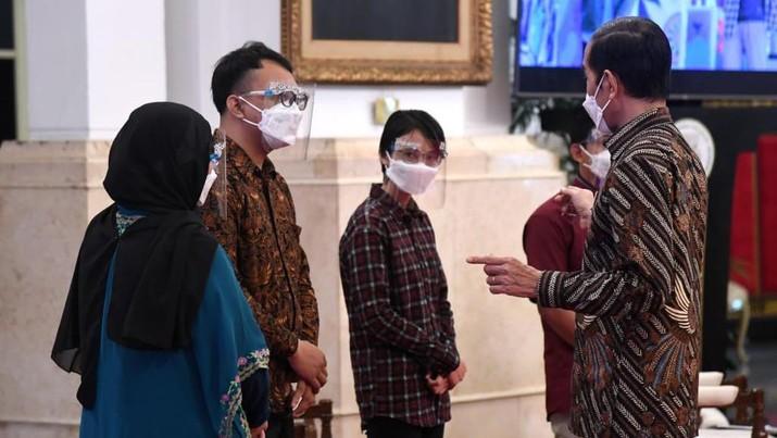 Presiden Joko Widdo dalam Pengarahan Presiden RI kepada Penerima Kartu Prakerja Tahun 2020-2021, 17 Maret 2021. (Biro Pers Sekretariat Presiden/ Lukas)