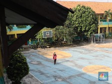 PPKM Level 4: Semua Sekolah Masih Daring Alias Online