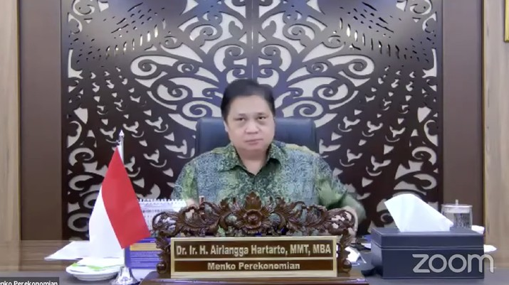 Menteri Koordinator Bidang Perekonomian, Airlangga Hartarto saat Konferensi Pers Perpanjangan dan Perluasan Pemberlakuan Pembatasan Kegiatan Masyarakat (PPKM) Mikro (Tangkapan Layar)