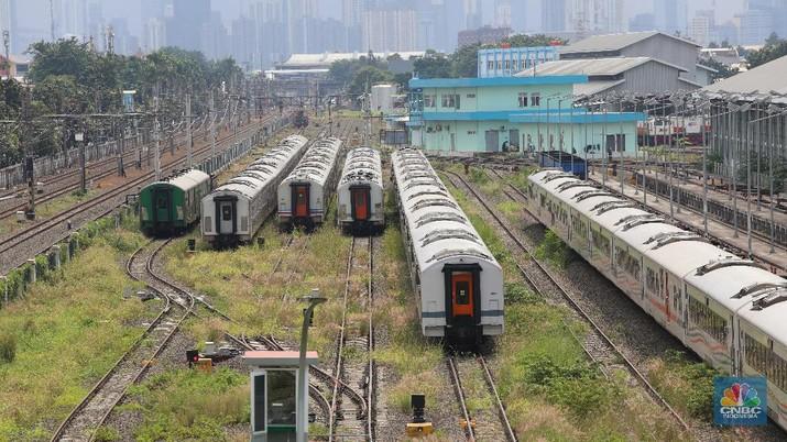 Depo Kereta Api Cipinang (CNBC Indonesia/Andrean Kristianto)