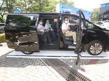 Gara-gara Nabung di BRI, Milenial Ini Dapat Toyota Vellfire