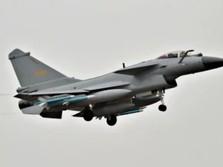 China Tembak Roket & Bom di Laut China Selatan, Ada Apa?