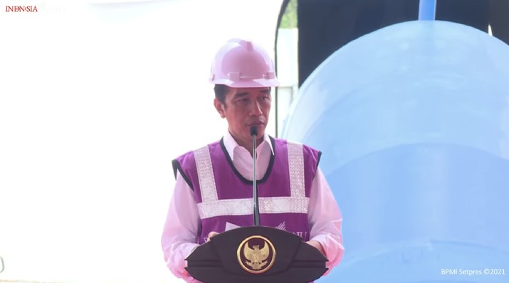 Jokowi di Peresmian Sistem Penyediaan Air Minum (SPAM) Umbulan, Kabupaten Pasuruan, 22 Maret 2021. (Youtube/Setpress)