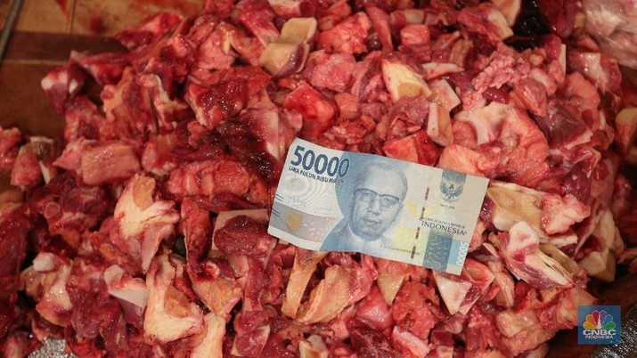 Daging Sapi (CNBC Indonesia/Tri Susilo)