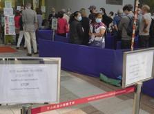 Vaksin Rusak, Warga Hong Kong Telanjur Antre Panjang