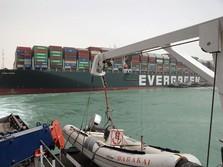 Kapal Raksasa Masih Kejepit, Terusan Suez Lanjut Ditutup