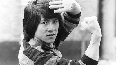 Potret Terkini Jackie Chan, Waktu Muda Ngaku Bercinta Tiap Malam dengan PSK