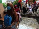Intip Jemput Bola Vaksinasi Lansia di Sekolah Kebayoran Lama