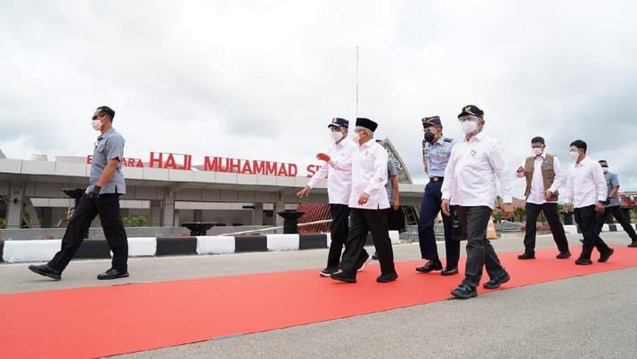 Wakil Presiden Ma'ruf Amin di Bandara Haji Muhammad Sidik (Biro Setpres).