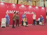 Jokowi Tinjau Vaksinasi di Gedung Bursa, Ada Pesan Khusus!