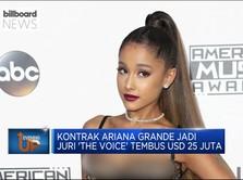 Jadi Pelatih 'The Voice', Honor Ariana Grande Jadi Sorotan