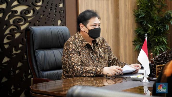 Menteri Koordinator Bidang Perekonomian Airlangga Hartarto bertemu secara virtual dengan Menteri Pasifik dan Lingkungan Inggris Right Honourable (Rt Hon.) Lord Zac Goldsmith, Rabu (31/3).