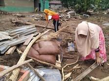 Yang Tersisa Pasca Banjir Bandang di NTT