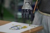 Ini Sophia, Robot yang Lukisan Digitalnya Terjual Rp 10 Juta
