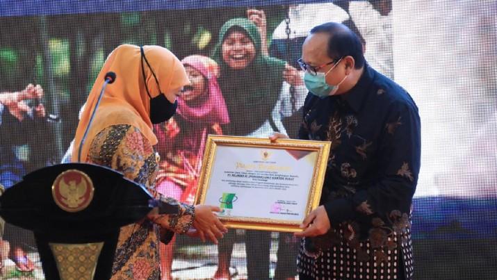 Pelindo III Terima Apresiasi Dari Gubernur Jawa TImur (dok. Pelindo III)