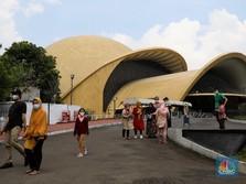 Usai TMII, Jokowi Ambil Gedung Granadi dari Keluarga Soeharto