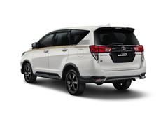 Innova Limited Edition Setengah Abad Toyota Akhirnya Meluncur