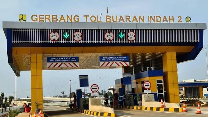 Tol Cengkareng-Kunciran Sudah Resmi Beroperasi. (CNBC Indonesia/Syahrizal Sidik)