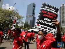 Markasnya 'Dikepung' Pekerja, Seberapa Parah Keuangan KFC?