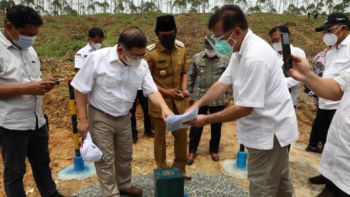 Kunjungan Kerja Menteri PPN/Kepala Bappenas ke titik nol pembangunan dan titik lokasi Istana Negara di IKN, Penajam Paser Utara, Kalimantan Timur. Ist