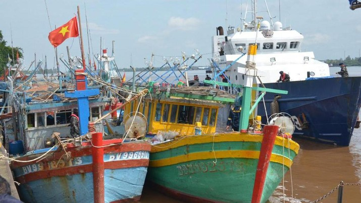 Direktorat Jenderal Pengawasan Sumber Daya Kelautan dan Perikanan (PSDKP), Kementerian Kelautan dan Perikanan (KKP) menangkap lima kapal ikan asing ilegal berbendera Vietnam di Laut Natuna Utara. Ist
