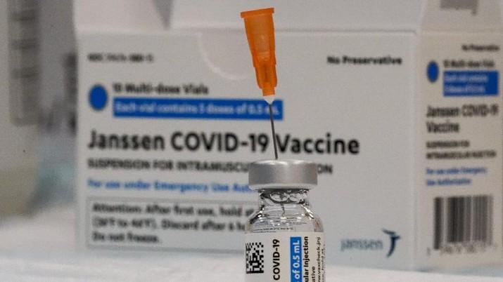 Vaksin Covid-19 Johnson & Johnson. AP/Mary Altaffer