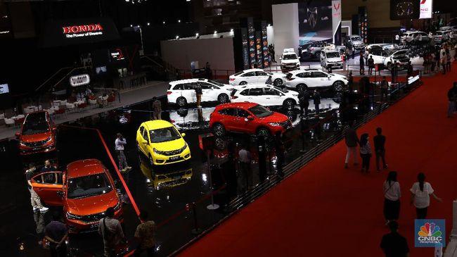 IMAS ASII Diskon Pajak Mobil Bakal Diperpanjang, Saham Otomotif Melesat