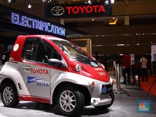 Yuk Intip! Mobil Listrik Mungil Toyota Coms dan C+Pod