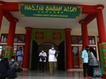Keren! Intip Masjid Oriental Babah Alun di Pinggir Tol Desari