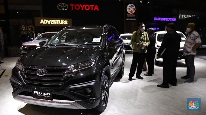 Toyota Rush. CNBC Indonesia/Andean Kristianto