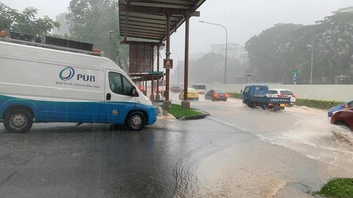 Banjir di salah satu sudut Singapura