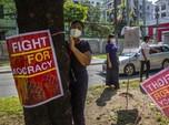 Membiru, Potret Terkini Protes Myanmar Suarakan Tolak Junta