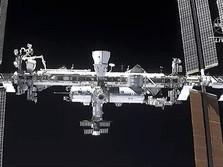 Wih.. Penampakan Astronot SpaceX Tiba di Stasiun Luar Angkasa
