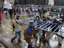 Kolombia Rusuh, Ribuan Warga Turun ke Jalan Protes Pajak Naik