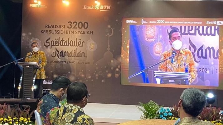 BTN Syariah meluncurkan KPR Spektakuler Ramadan dengan berbagai kemudahan bagi masyarakat Indonesia untuk memiliki rumah.