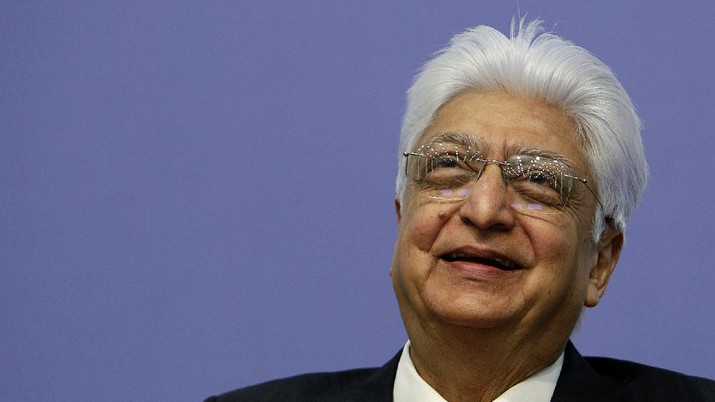 Indian software services firm Wipro Ltd. Chairman Azim Premji laughs during a press conference after announcing the company's financial results at their headquarters in Bangalore, India, Friday, Jan. 21, 2011. Wipro announced Friday its quarterly financial results ending Dec. 31, 2010. (AP Photo/Aijaz Rahi)